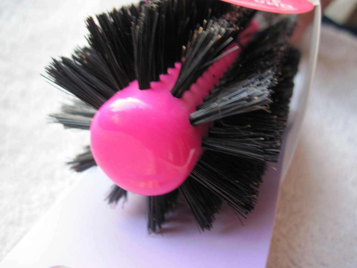 Goody Body Hair Brush Nylon Bristle Barrel