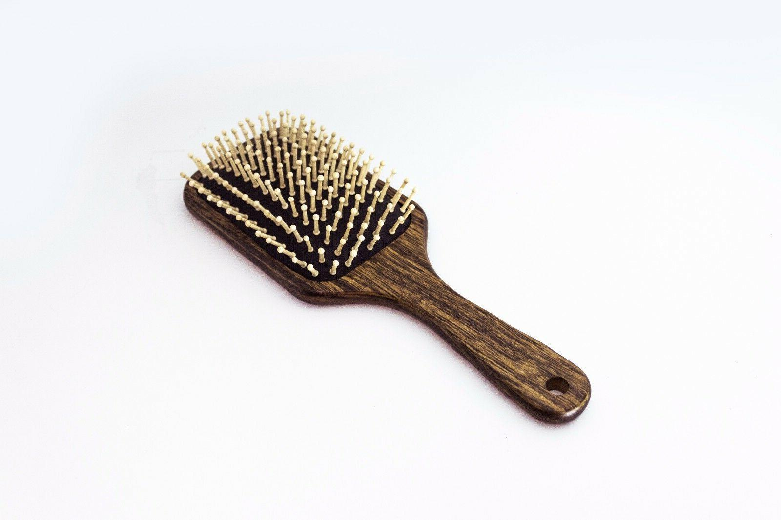 BeautyFrizz Eco Non-Irritating Wooden Brush for Use.