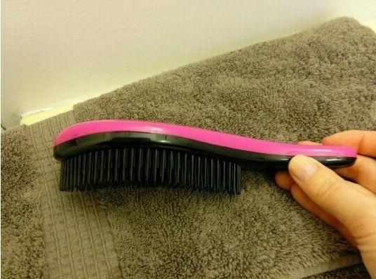 Glide Thru Detangler Hair Comb No Adults Kids black